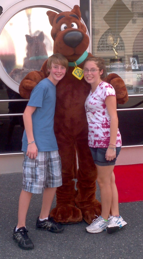 Shaggy and Scooby at Universal Studios 2011