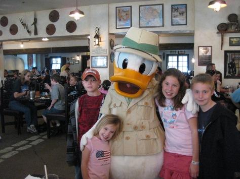 Donald Duck Animal Kingdom 2008 Tusker House