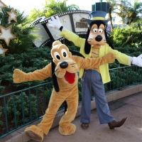 Pluto and Goofy at Hollywood Studios