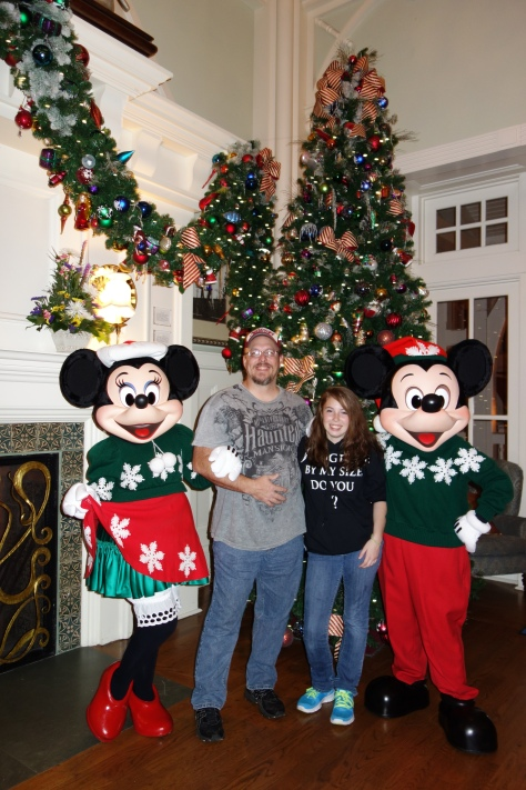 Mickey and Minniexmas boardwalk (5)