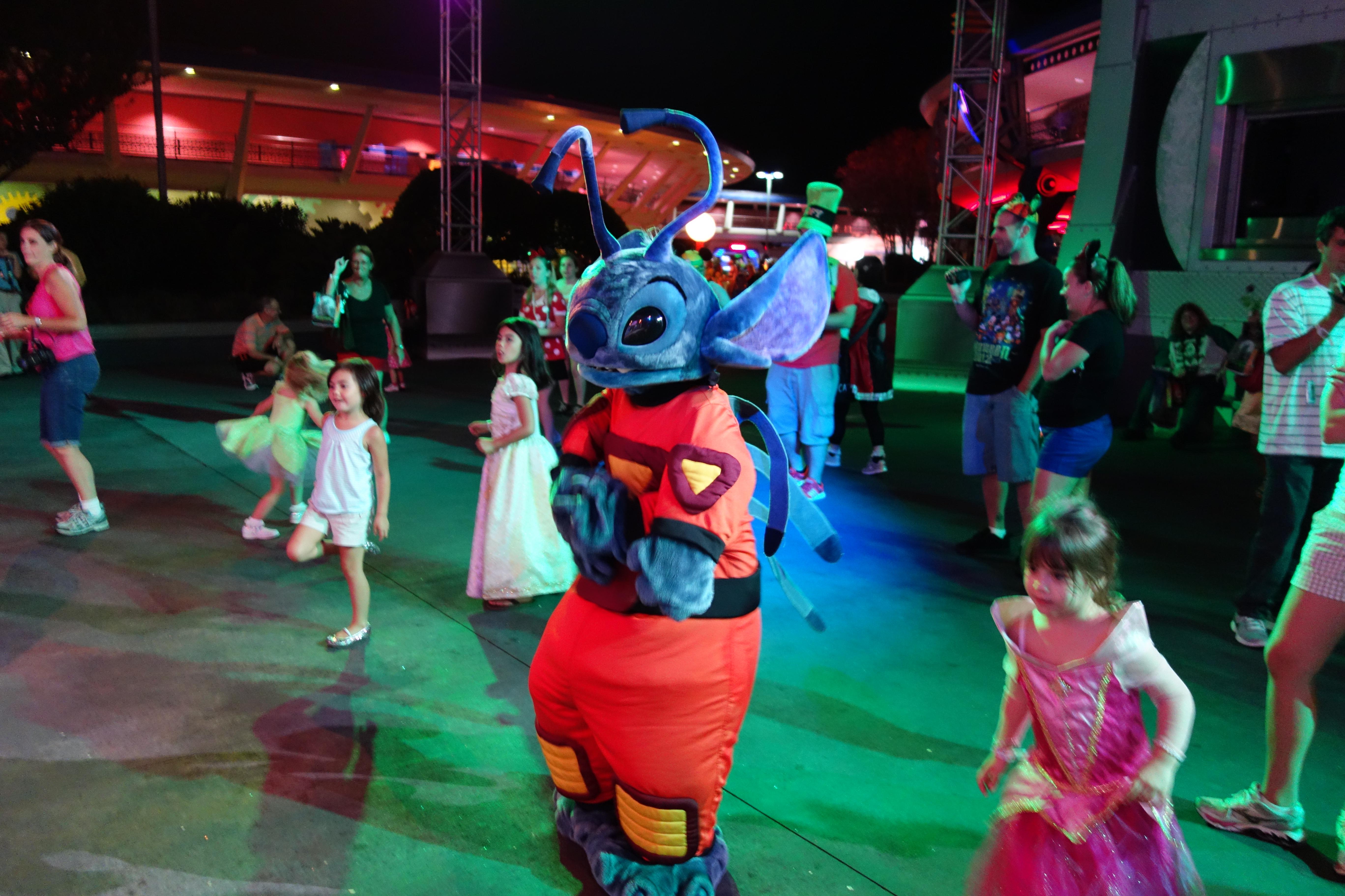 Stitch Kennythepirates Unofficial Guide To Disney World