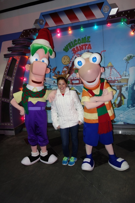 Phineas and Ferb Mickey's Very Merry Christmas Party 2012