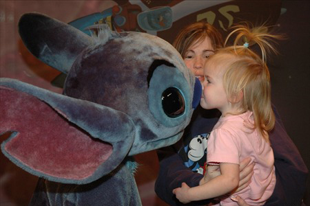 Stitch in Tomorrowland Magic Kingdom 2005