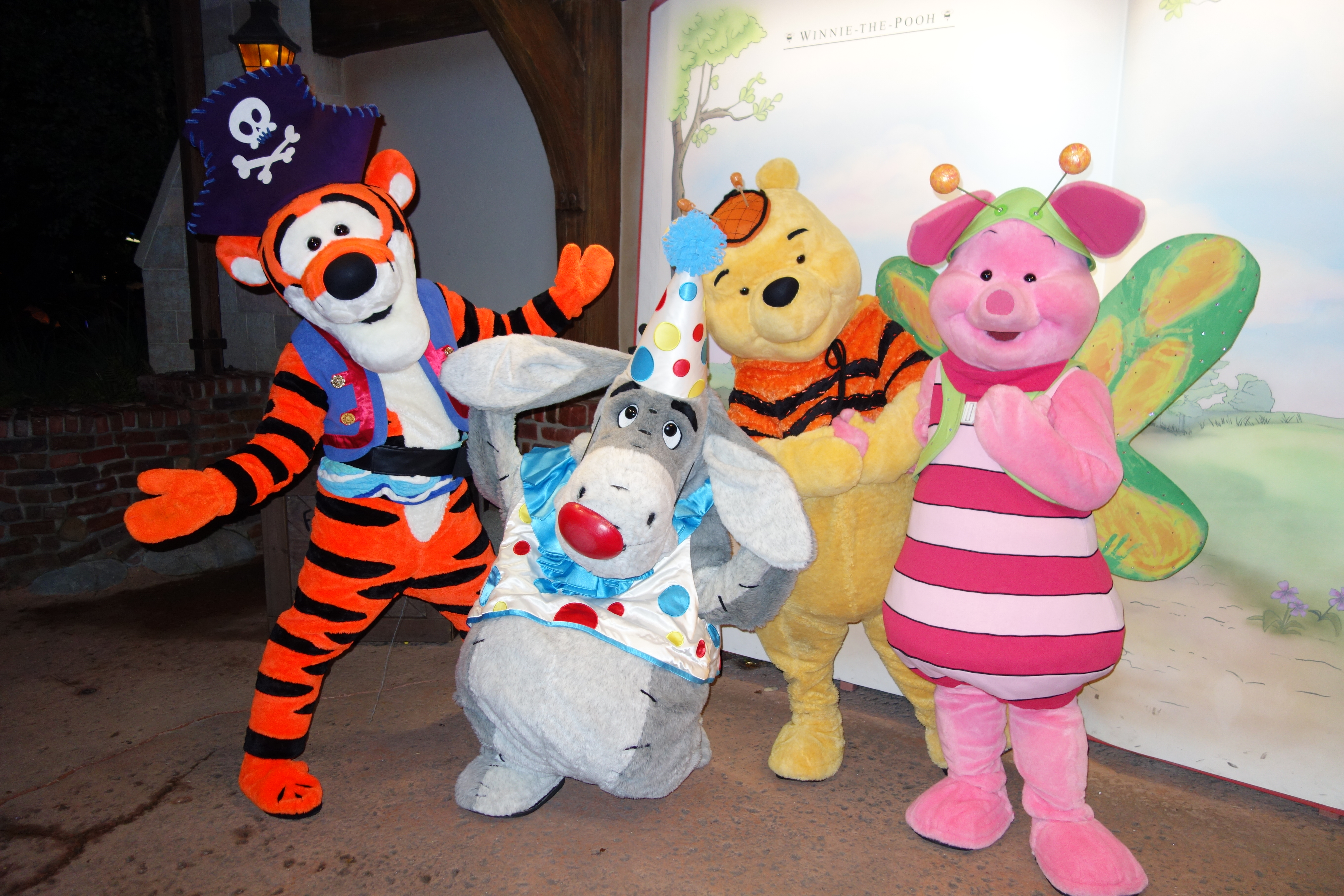 Winnie the Pooh | KennythePirate's Unofficial Guide to Disney World