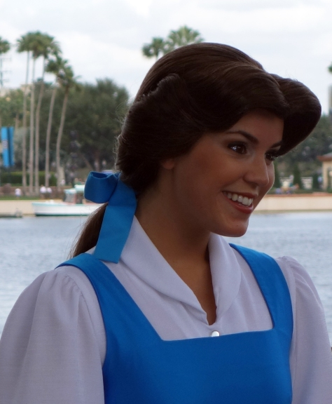 Belle Epcot 2013 (2) Profile