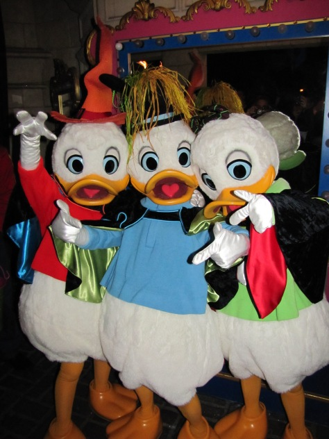 Huey Dewey and Louie Meet and Greet Disneyland Paris
