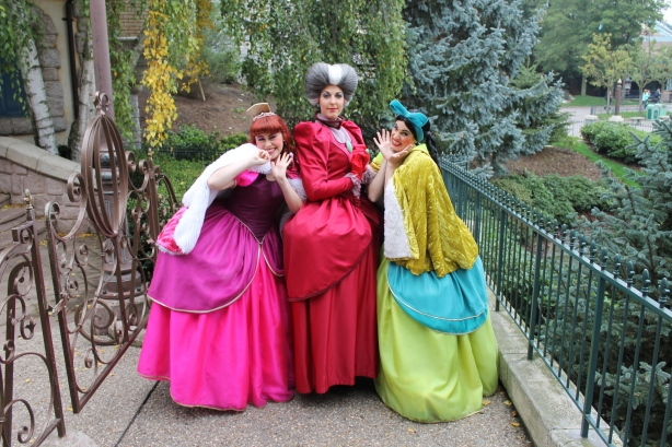 Anastasia, Lady Tremaine and Drizella at Disneyland Paris