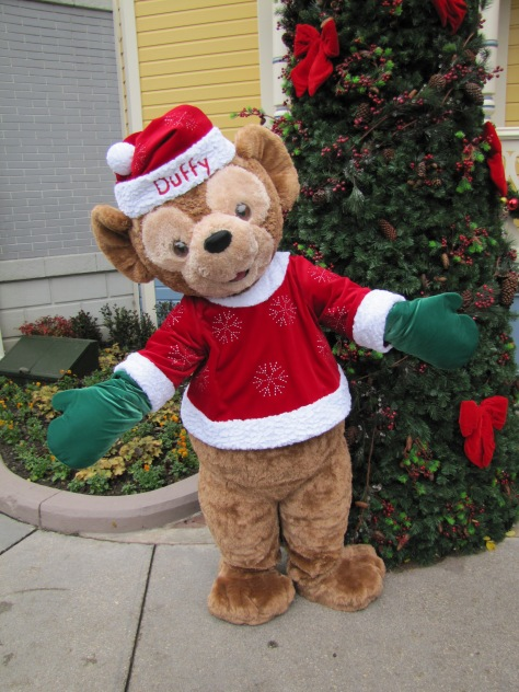 During the Christmas Season Duffy can be found on Main Street USA wearing his Christmas outfit. This was the version in 2011.