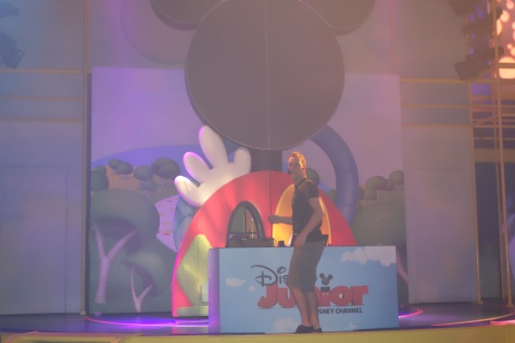 DJ Disney Jr Dance Party Hollywood Studios