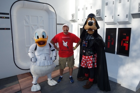 Darth Goofy and Stormtrooper Donald Star Wars Weekends 2013 (1)