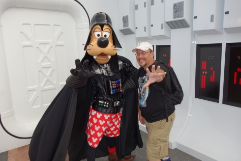Darth Goofy  Star Wars Weekends 2013 (1)