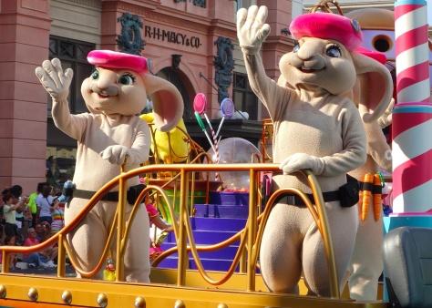 Pink Berets from Hop Universal Studios 2012 parade unit