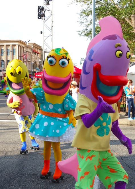 Fish from Spongebob Universal Studios 2012 parade unit