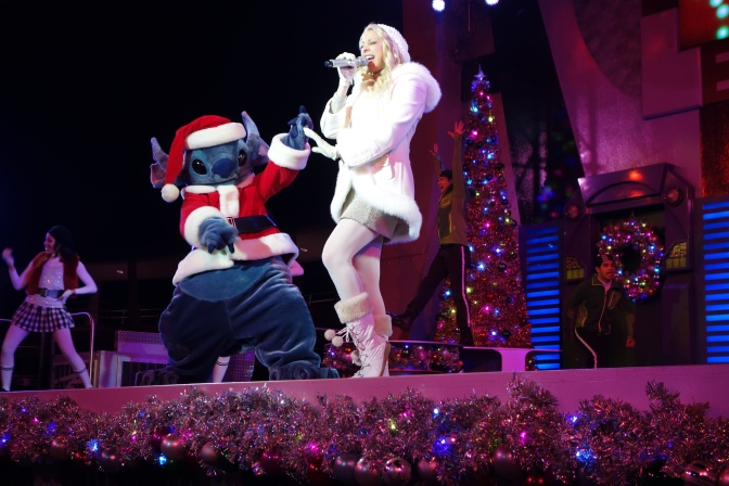 Mickey's Very Merry Christmas Party Shows