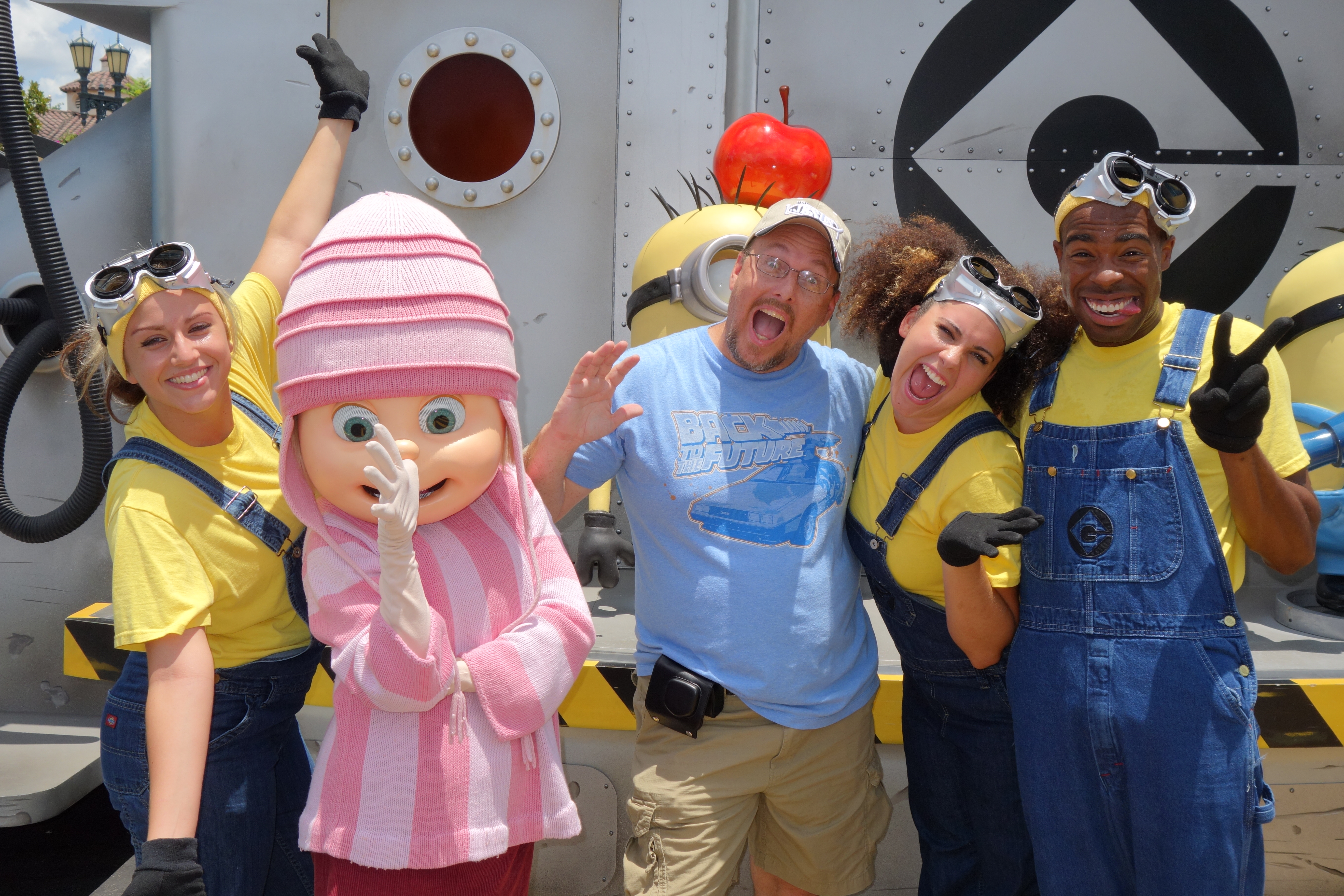 How to meet the despicable me characters at universal studios universal studios orlando despicable me meet and greet agnes kristyandbryce Images