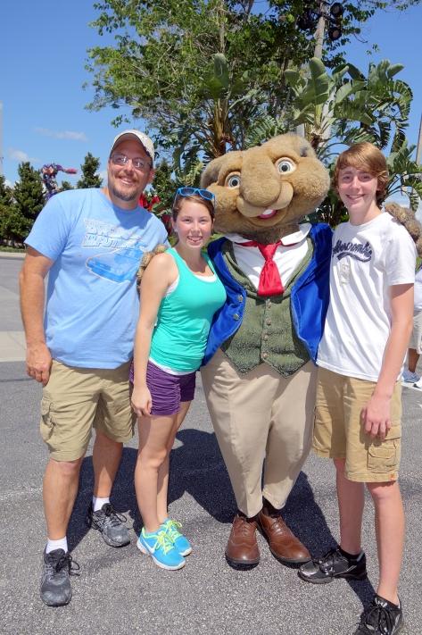 Universal Studios Orlando Hop Characters Meet and Greet (5)