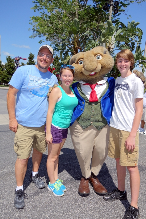 Universal Studios Orlando Hop Characters Meet and Greet (5)