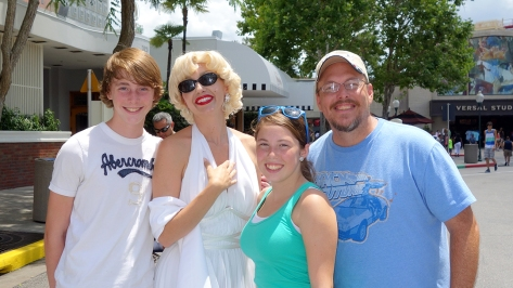 Universal Studios Orlando Marilyn Monroe Meet and Greet (3)