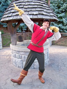 Gaston showing his moves in Fantasyland. Gaston can be found at the Walt Disney Studios Park in the mornings nowadays.