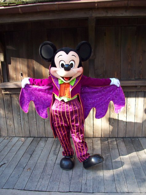 Disneyland Paris, Characters, Mickey Mouse