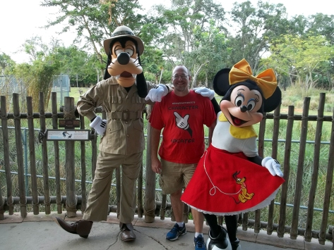 Walt Disney World, Character Meet and Greet, Halloween, Animal Kingdom Kidani Lodge, Goofy, Minnie Mouse