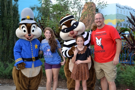 Walt Disney World, Character Meet and Greet, Halloween, Art of Animation, Chip n Dale