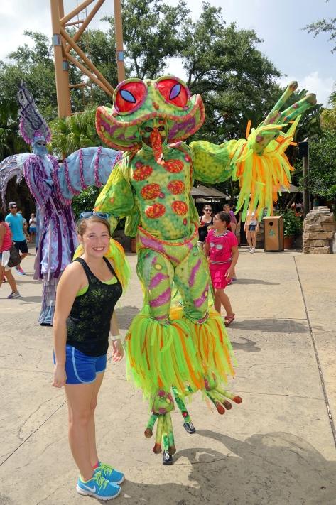 Busch Gardens Tampa Stiltwaker Character (3)