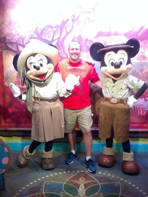 Mickey and Minnie Animal Kingdom KennythePirate