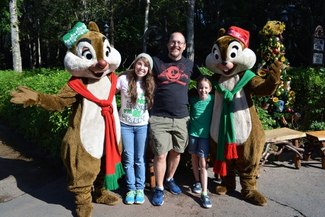 Walt Disney World, Animal Kingdom, Christmas 2013, Camp Minnie Mickey, Chip n Dale