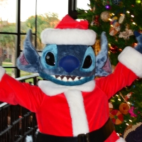 Animal Kingdom Lodge Kidani Christmas Characters Santa Goofy and Santa Stitch and Decor