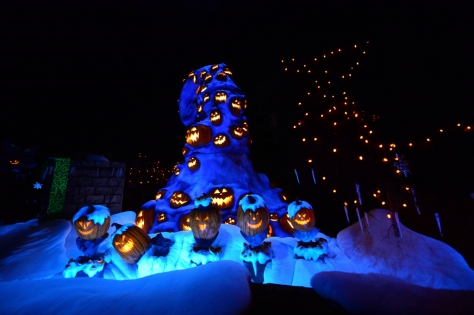 Disneyland Haunted Mansion Holiday Rich Muller (23)