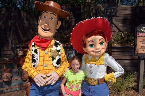 Jessie was excited to see Buzz's autograph and Debbie asked her to show her Hoedown moves.  Woody stepped in and handled the task.  Debbie and Woody danced together.  It was a cute moment.