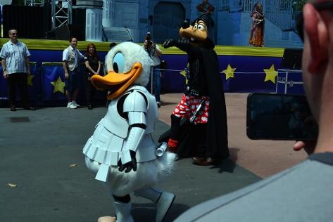 Star Wars Weekends Celebrity Motorcade Feel the Force Premium Package (32)
