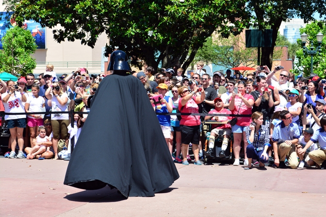 KennythePirate's Star Wars Weekends Feel the Force Premium Package parade review