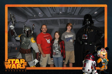 Boba Fett and Darth Vader Star Wars Weekends Photopass (2)