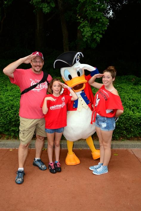 Donald Duck in Patriotic Revolutionary War costumes in Epcot's American Adventure