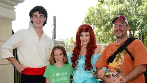 Ariel and Eric at Epcot Trainng meet at International Gateway September 2014 (5)