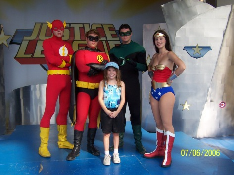 Flash Robin Green Lantern and Wonder Woman Daffy Duck Six Flags Texas 2006