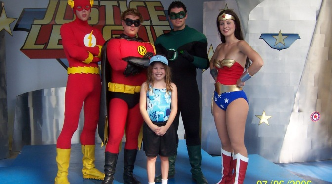 Meeting Looney Tunes and DC Comics characters at Six Flags parks