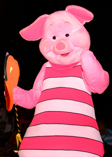 Mickey's Not So Scary Halloween Party 2014 Boo to You Halloween Parade Piglet
