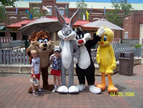 Tazmanian Devil Bugs Bunny Sylvester and Tweety Six Flags San Antonio 2006