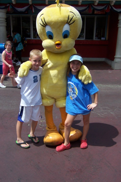 Tweety Bird Six Flags Texas 2007